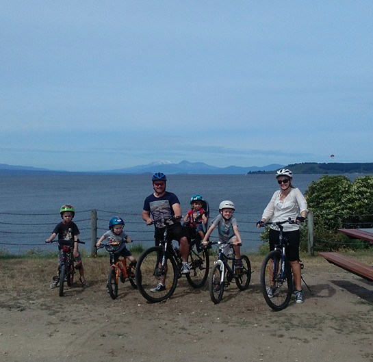 darlesha-biking-in-taupo